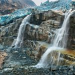 02-tahumming-glacier-british-columbia-melting-670
